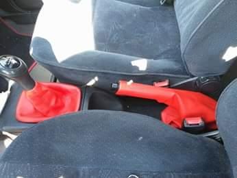 Kozica menjaca i rucne za vecinu automobila
