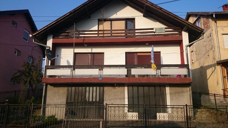Oglas - prodajem kucu u Derventi - 60000.00 € - BIH / Derventa - Bosna i Herc...