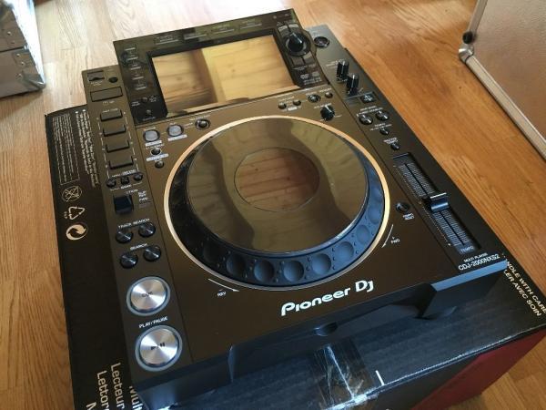 2x Pioneer CDJ-2000NXS2 i 1x DJM-900NXS2 mikser cijena samo 2900 eura