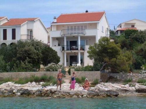 Apartman NICA Maslinica Hrvatska