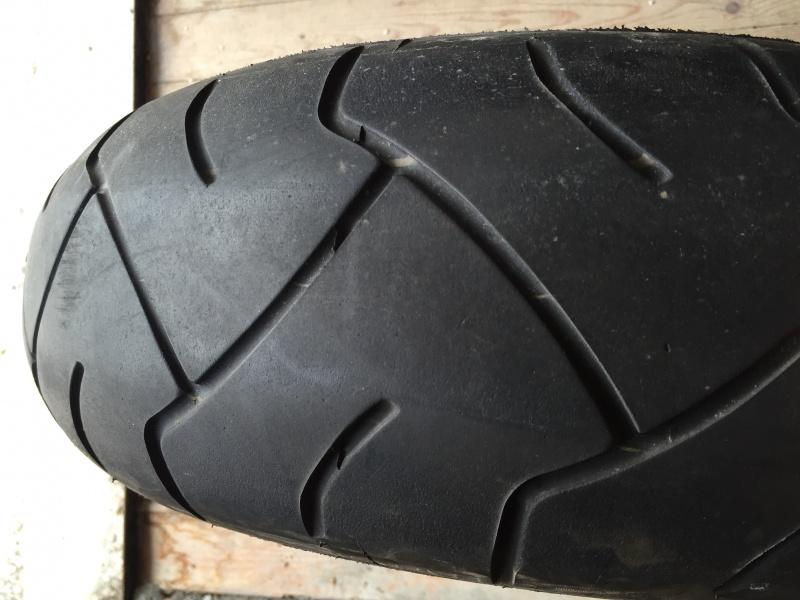 prodajem polovne gume za motore i skutere